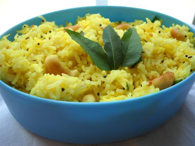Maavinakai Chitranna (Green Mango Rice) | The Bee and the ...